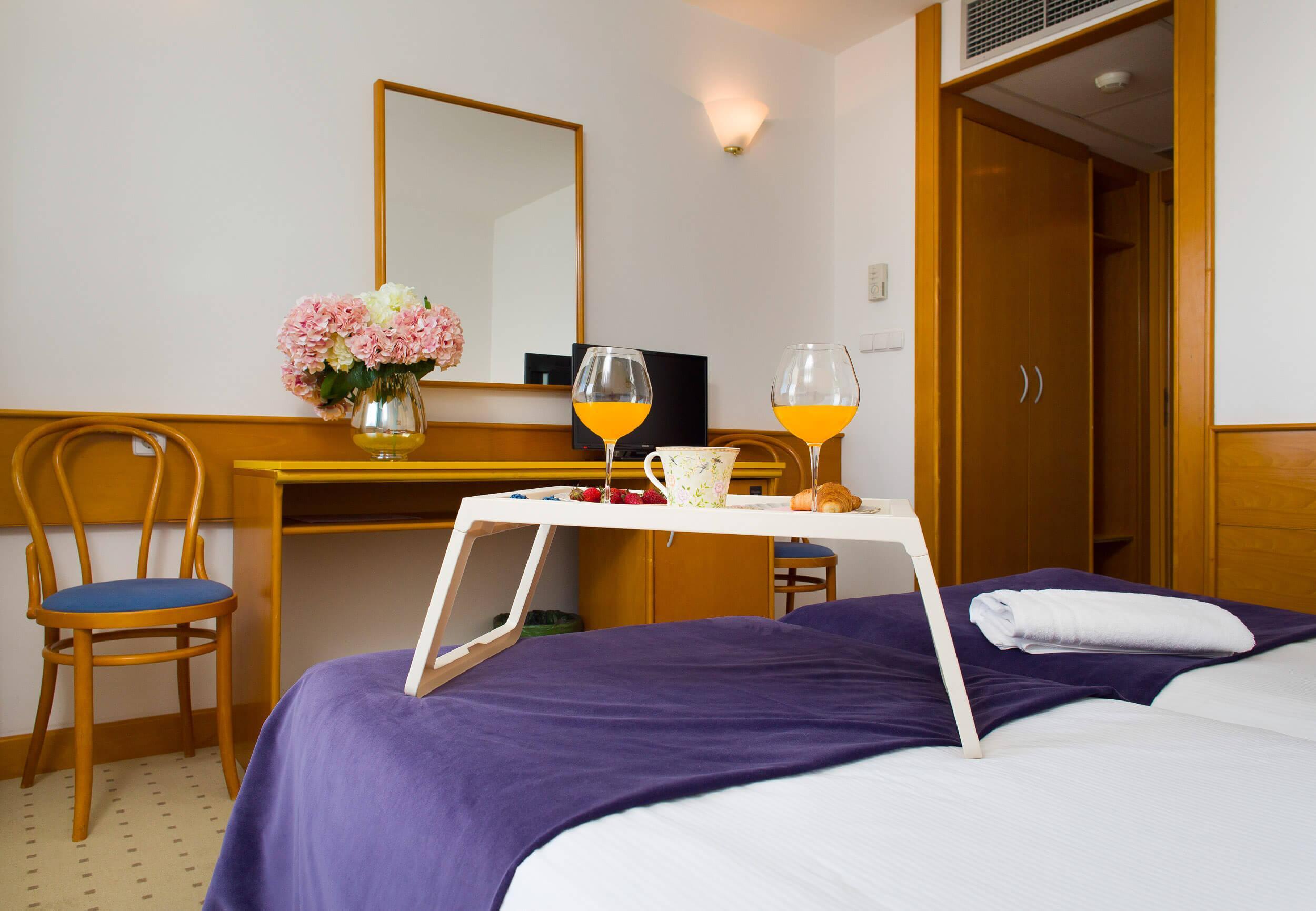 33_Comfort room