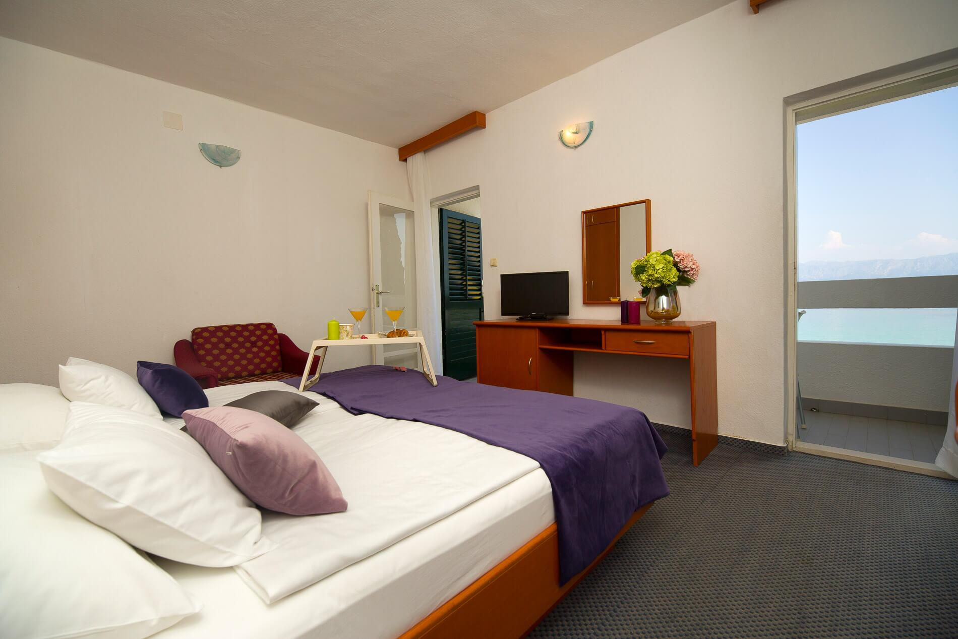 34_Premier room