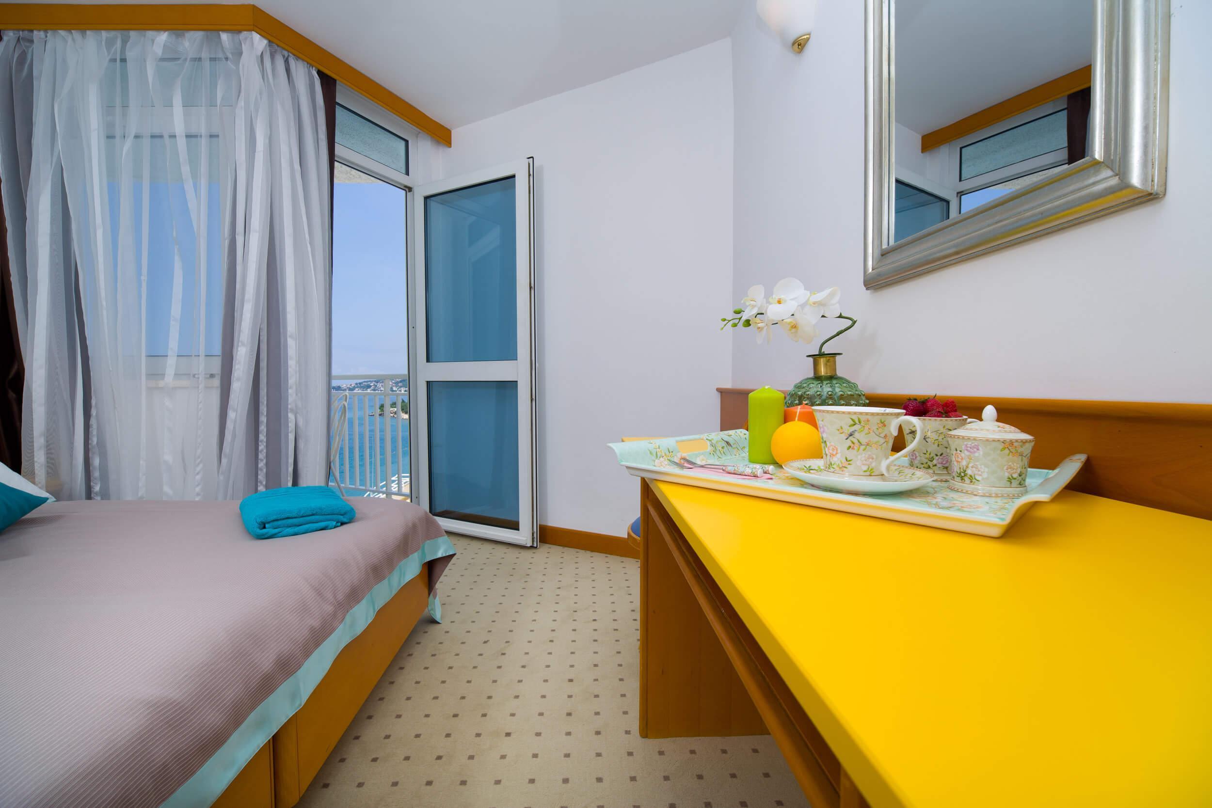 41_Comfort room
