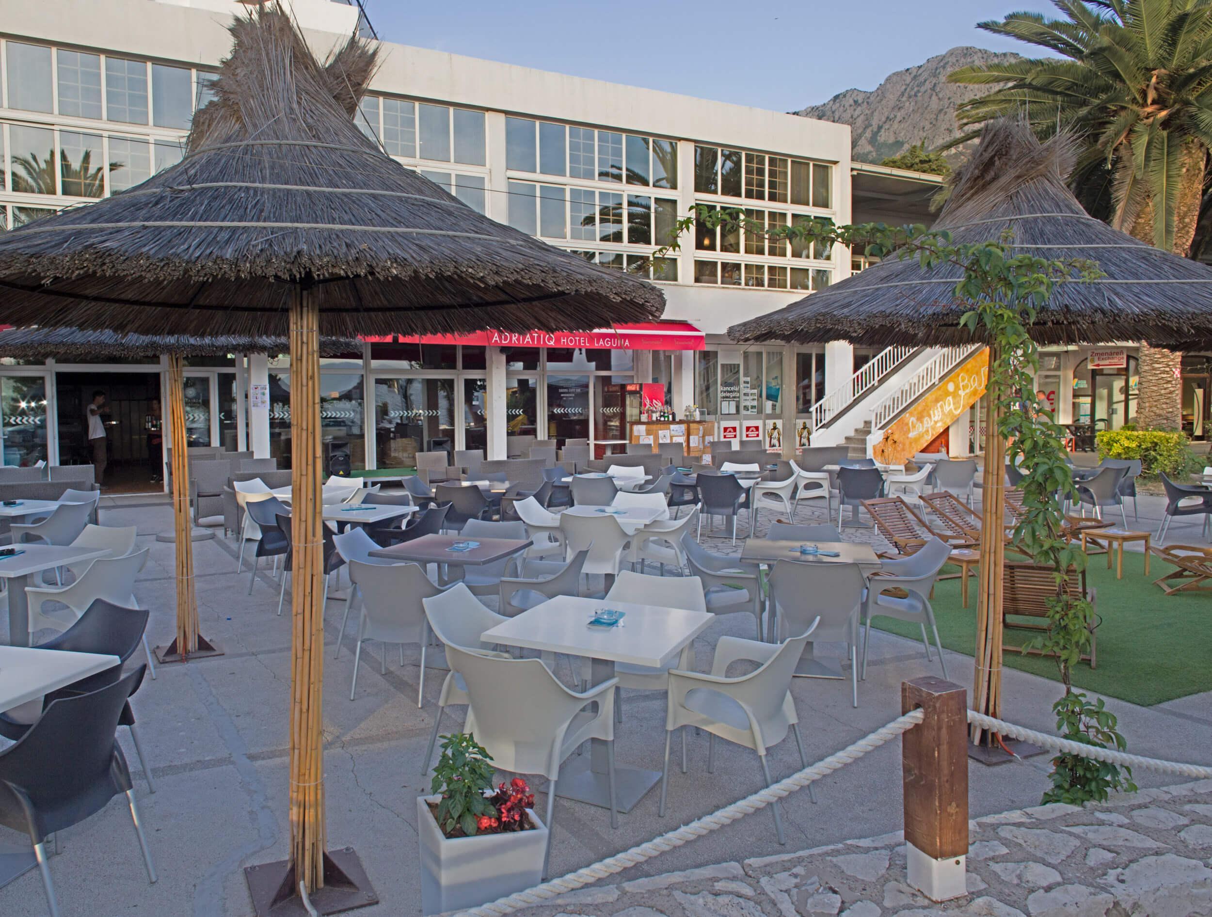42_Terrace Laguna Bar