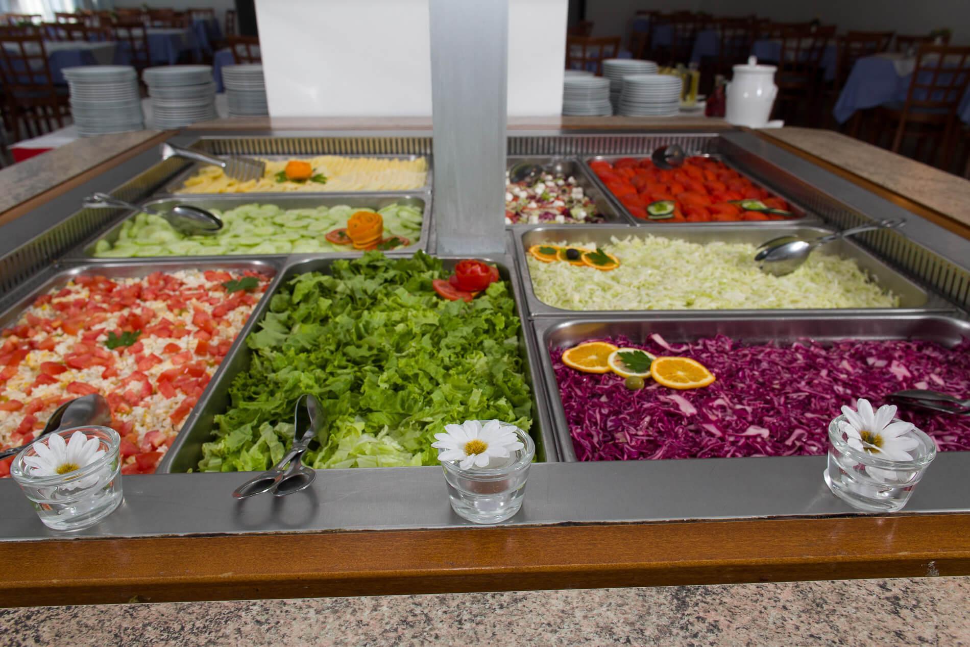51. Faraon buffet salad