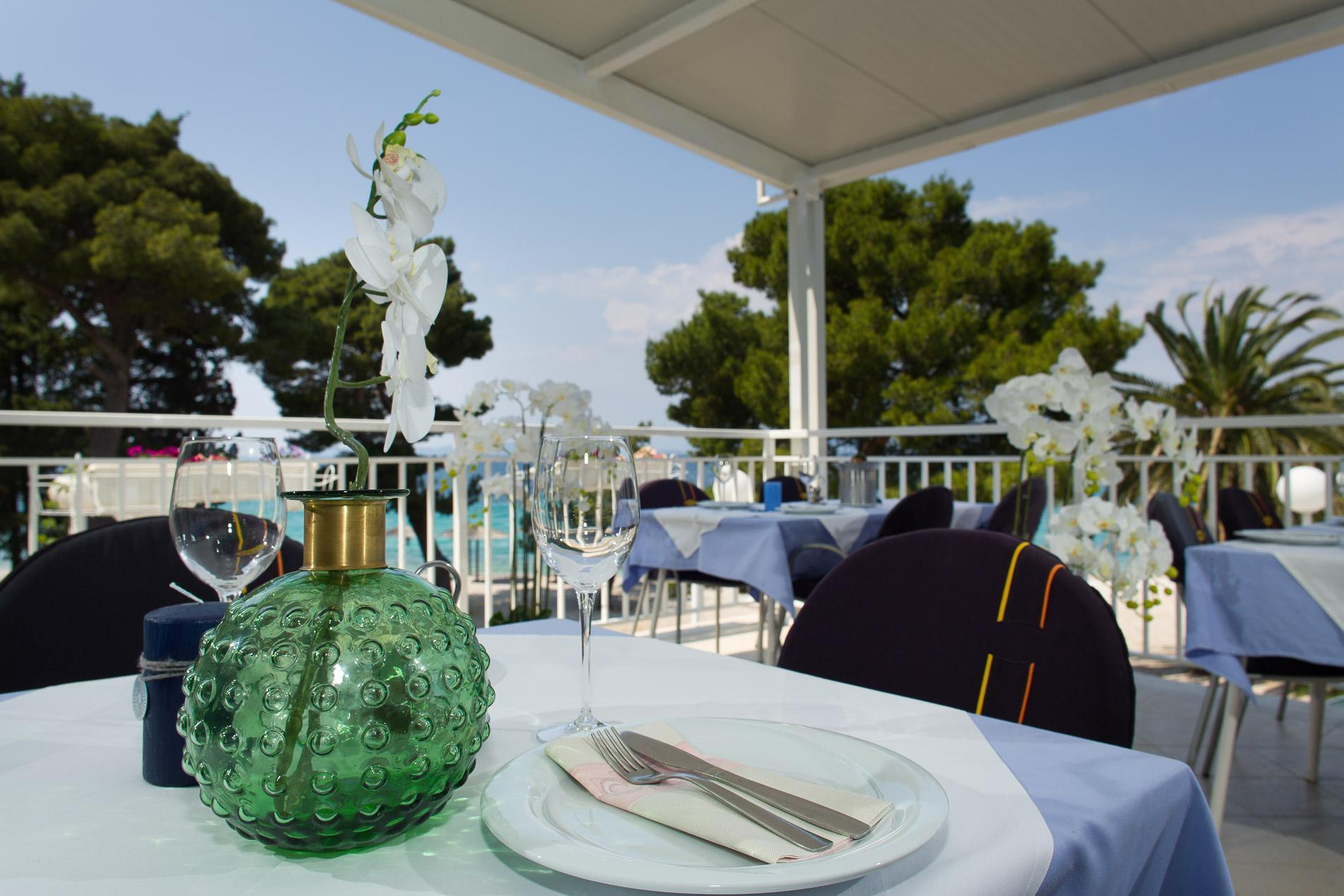 restaurant terrace 6
